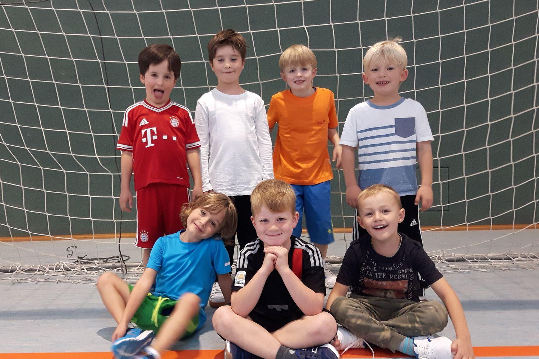 bambini-mannschaftsfoto-buchhauser-klein